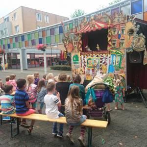 Poppentheater Muzemuis inzetten of boeken?