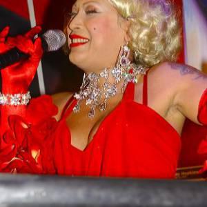 De Disco Diva van Nederland inhuren?