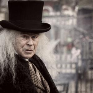 Dickensverteller of Scrooge boeken of inhuren?