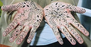 Fotoalbum van Tijdelijke Henna en Glitter Tattoo's | Kindershows.nl