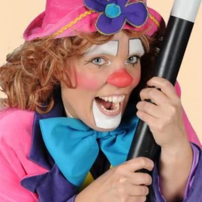 Frodelien's Sint Show - Sinterklaasshow inhuren?