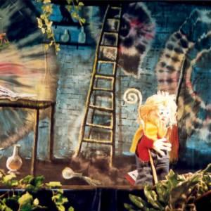 Peter, Lies & de staf van Sinterklaas boeken of inhuren