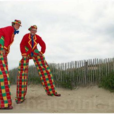 Foto van 2 Steltlopers - Clowns | Clownshow.nl