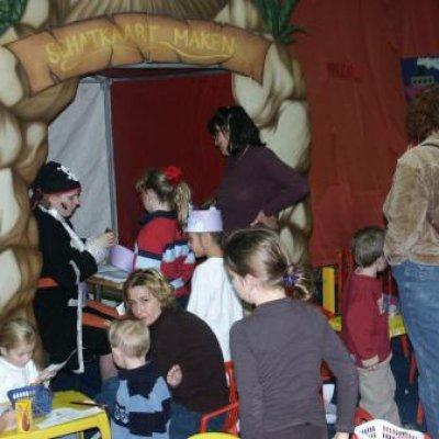 Foto van Kids Workshop Piraten schatkaarten maken | Kindershows.nl