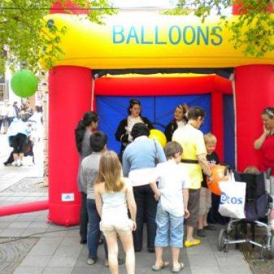 Punchballonnen Stand boeken