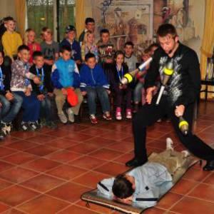 Foto van Sinterklaasshow Jongleur Niels Duinker | SintenKerst
