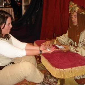 Aladdin Mystiek - Handlezen - Magie - Tarotkaarten inzetten?