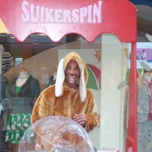 De Paashazen Suikerspinstand boeken?