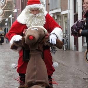 Rudolph & Santa inhuren?