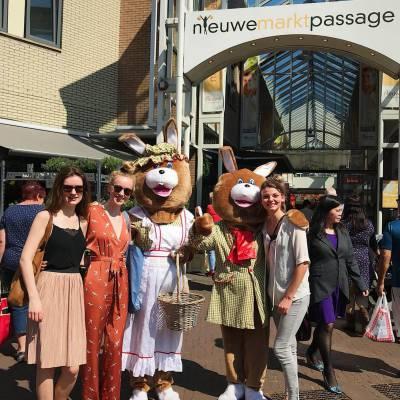 Foto van Meneer en Mevrouw Paashaas | Looppop.nl