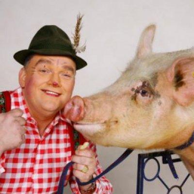 Foto van Duffy met zijn Dierenwagentje | Kindershows.nl
