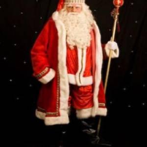 De Kerstman en zijn Vredesduiven inhuren?