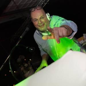 René van Dalen Feest DJ inhuren