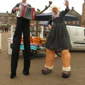 Steltloop Act - Antje en Jan uit Volendam boeken