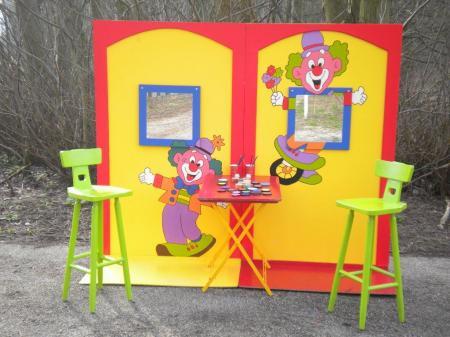 Foto van Kinderen schminken - de Clowns Schminkstand | JB Productions