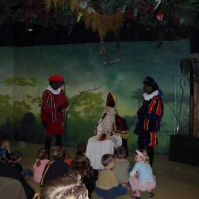 Fotoalbum van Sint op bezoek Show - Sinterklaasvoorstelling met Sinterklaas | sinterklaasshow.nl