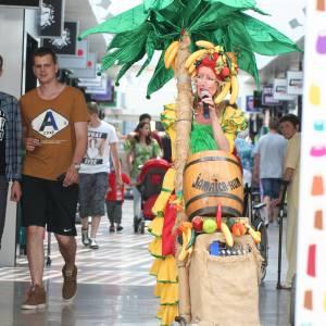 Tropical Lady - Mobiel Muzikaal Entertainment inhuren