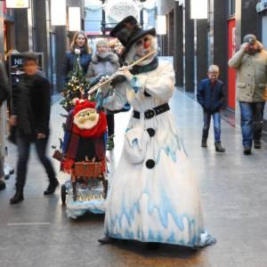 Muzikale Sneeuwpop voor winkelcentra