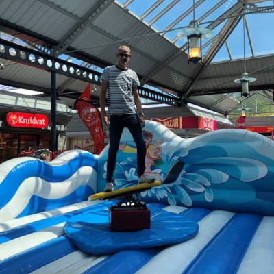 Foto van Surf Simulator | Artiestenbureau JB Productions