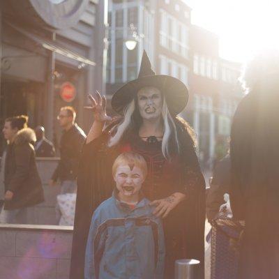 Fotoalbum van Ballonnenmoduleer Heks | Attractiepret.nl