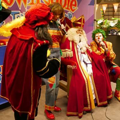 Fotoalbum van Clown Jopie & Tante Angelique Sinterklaasshow - Inclusief bezoek van Sinterklaas | Sinterklaasshow.nl