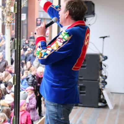 Foto van Wild Geraas met Jochem van Gelder | Sinterklaasshow.nl