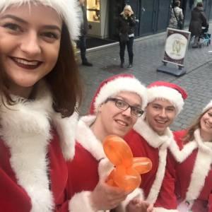 Te Gekke Kerst Team - 4 personen boeken?
