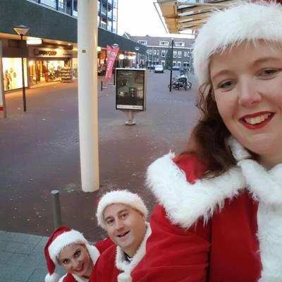Fotoalbum van Het Te Gekke Kerst Team - 4 personen | Attractiepret.nl