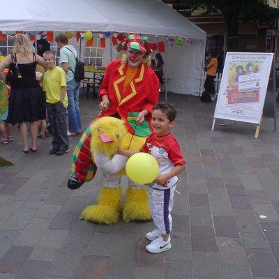 Gerritje Grijpgraag en Dompie de Clown huren