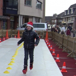 Fotoalbum van Wedstrijd Schaatsbaan Sprinten 21 meter | Attractiepret.nl