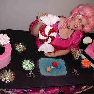 Miss Mable Table - Snoepjes inhuren?