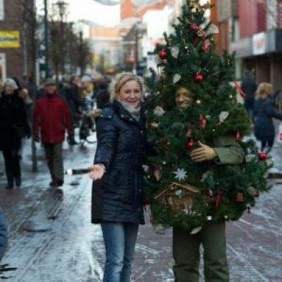 Het levende kerstboompje inhuren of boeken jb productions - Fotos van levende ...
