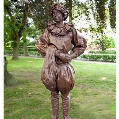 Foto van Levend Standbeeld - Chocolade Pietje | Kindershows.nl