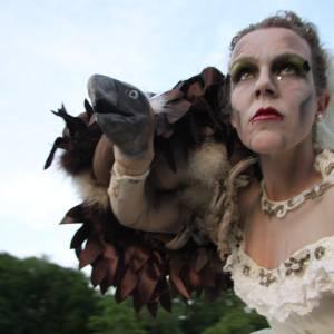 Steltloop Act - Bride Macabre inhuren?