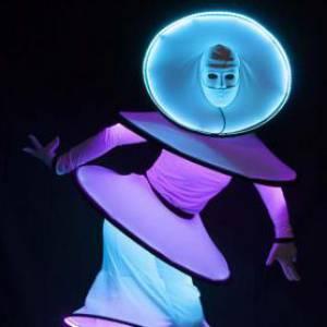 Circle Mania LED Steltloopact boeken of huren