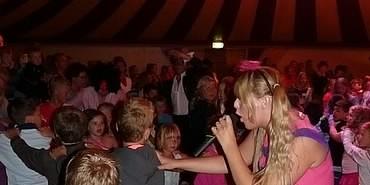 Foto van A meezing feest met Jordy en Sabeau | Kindershows.nl