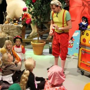 Julians Sinterklaasshow inhuren of boeken