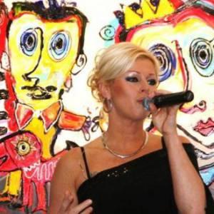 One Woman band - Natasja inhuren?