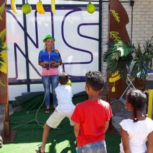 De Tropical Kids Party - Groot huren of boeken