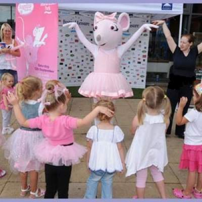Meet & Greet Angelina Ballerina huren