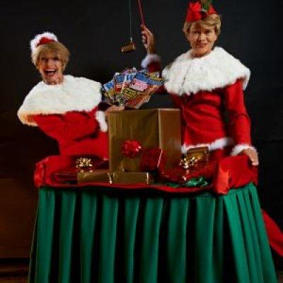 Foto van Kerst acts in een speciaal Kerstpakket | Artiestenbureau SintenKerst.nl