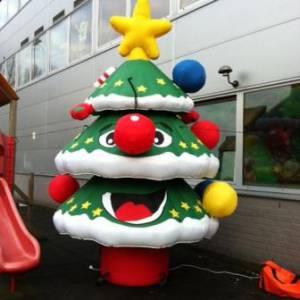 Foto van Opblaasbare Kerstboom - Afhaalbasis   Partyspecialist.nl