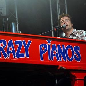 Crazy Pianos on Tour inhuren of boeken?