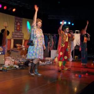Theatershow Clown Jopie & Tante Angelique boeken of inhuren?
