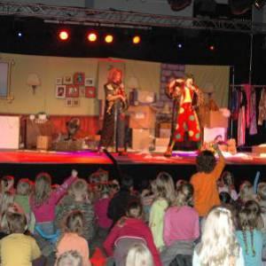 Clown Jopie & Tante Angelique Theatershow inhuren?