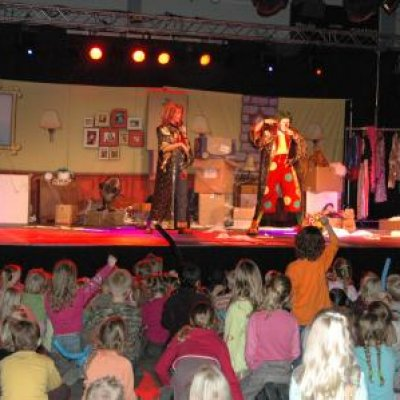 Clown Jopie & Tante Angelique Theatershow inhuren?