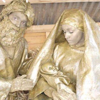 Foto van Levende Standbeelden Jozef en Maria | SintenKerst
