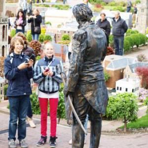 Levend Standbeeld - Willem 1 inhuren?
