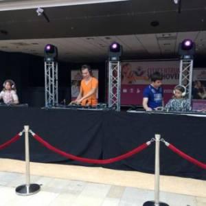 DJ School on Tour -  DJ Kinder Workshop inhuren?