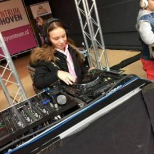 DJ School on Tour -  DJ Kinder Workshop inzetten?
